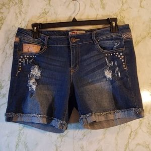 l.e.i Lowrise Denim Shorts
